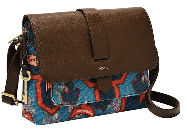 8 Holiday Gifts For Mom Under $100