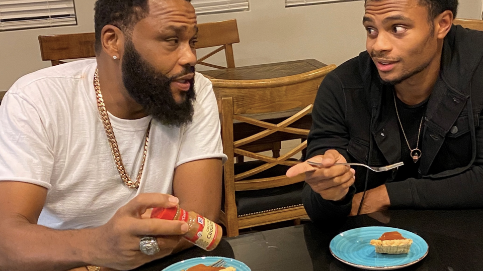 Anthony Anderson Dishes On His Family's Sweet Potato Pie Recipe
