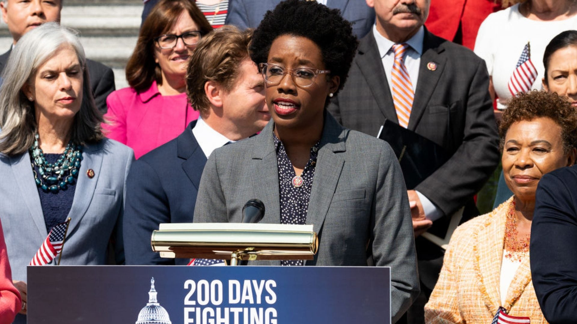 Lauren Underwood Defeats Republican Challenger In Illinois' 14th Congressional District Race