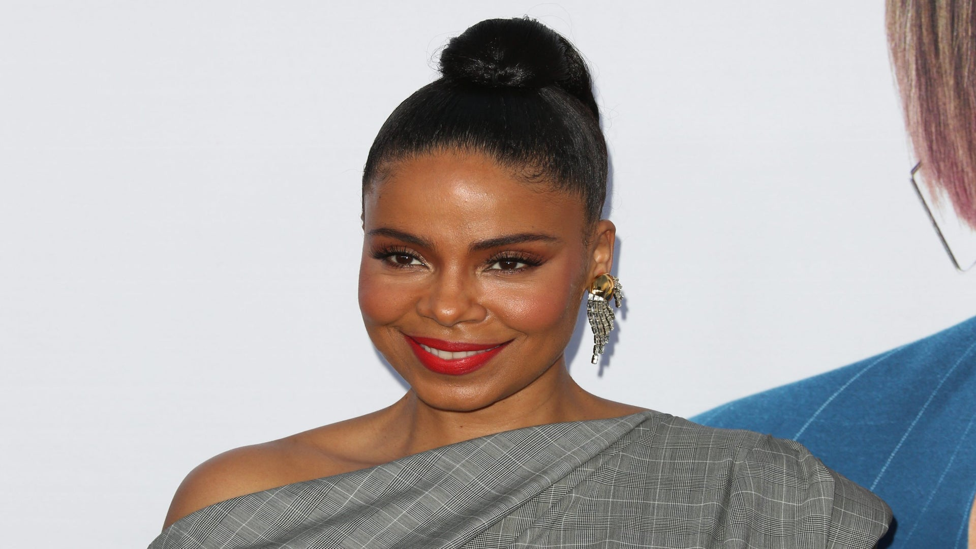 Sanaa Lathan Shows Her Extreme Hair Growth Since Going Bald For 'Nappily Ever After'