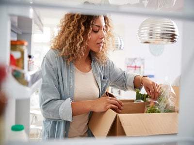 6 Healthy Meal Prep Programs To Try In 2021