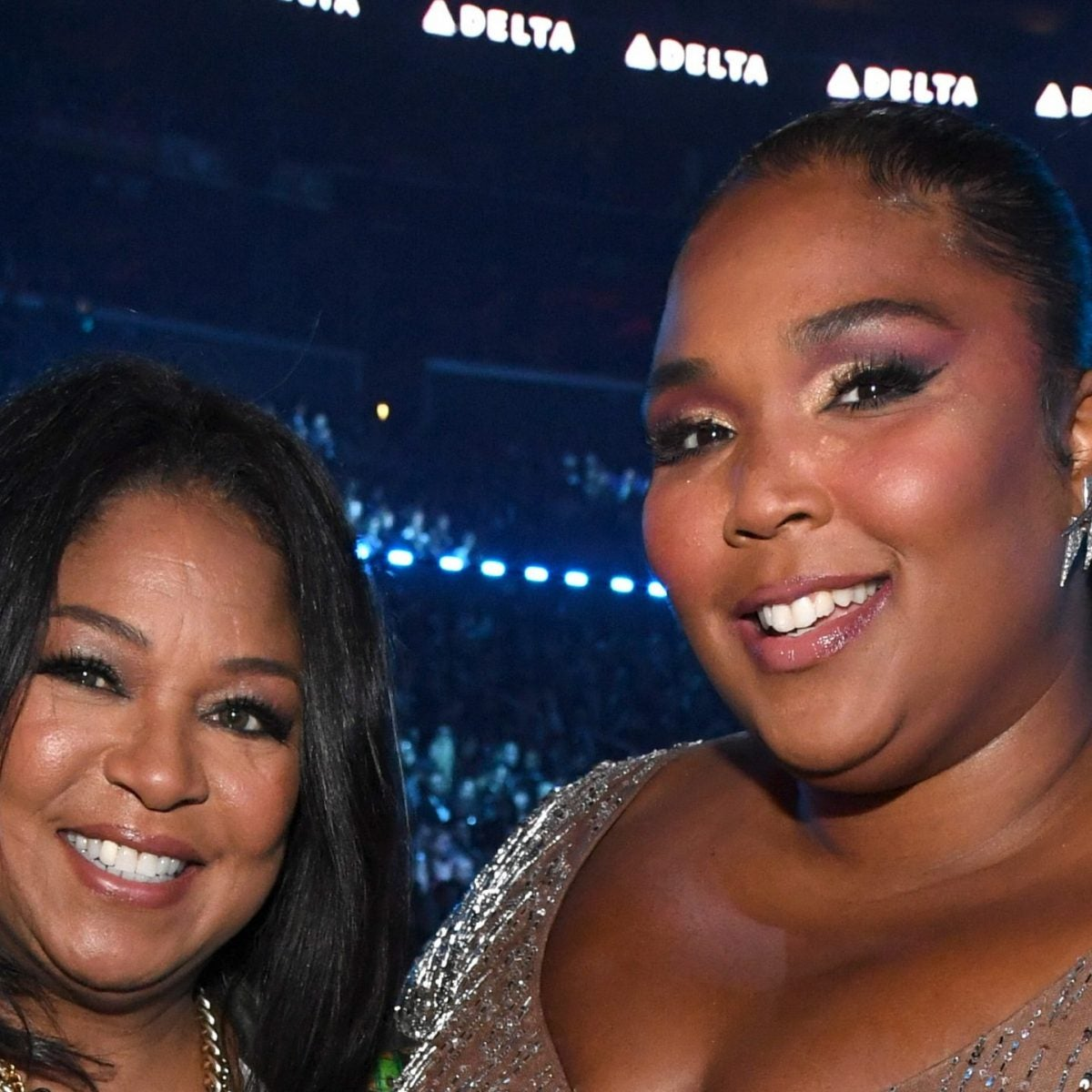 Lizzo Surprised Her Mother With A New Car For Christmas