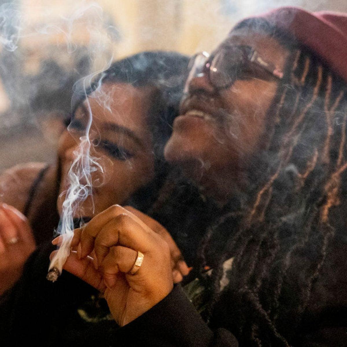 Marijuana Decriminalization Passes House