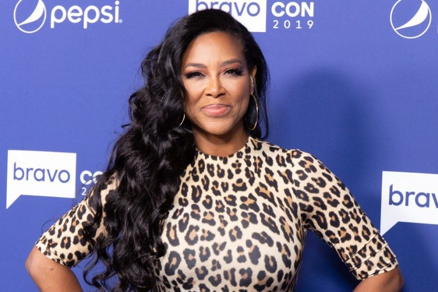 Kenya Moore Celebrates Her 50th Birthday With A Fabulous Trip ...