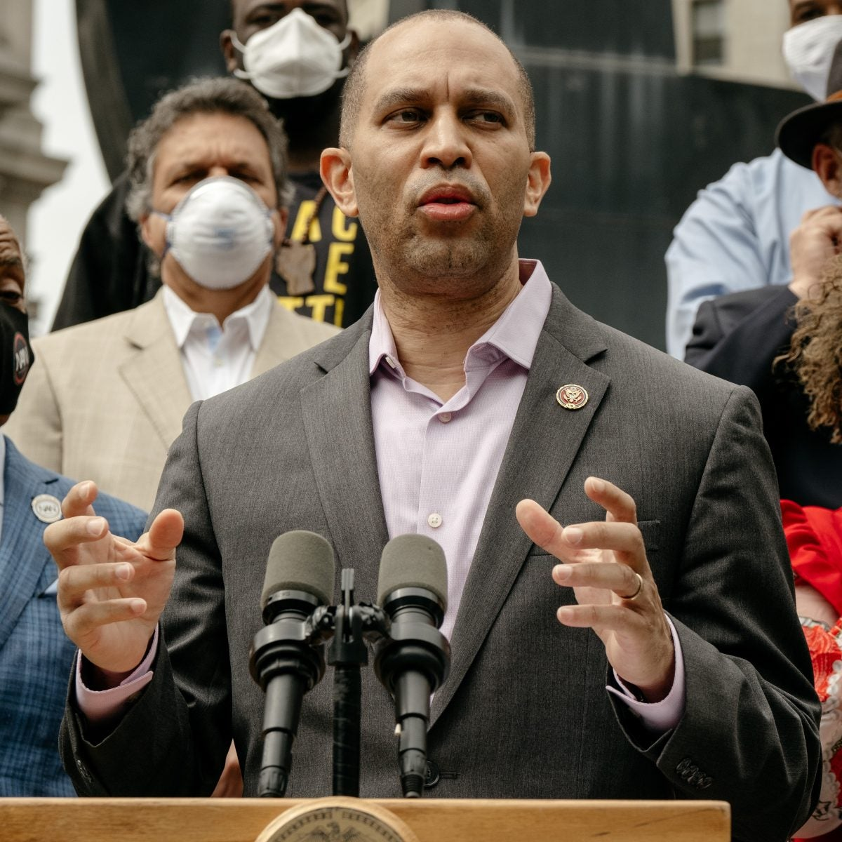 Congressman Hakeem Jeffries Reintroduces Legislation to Criminalize Police Chokeholds