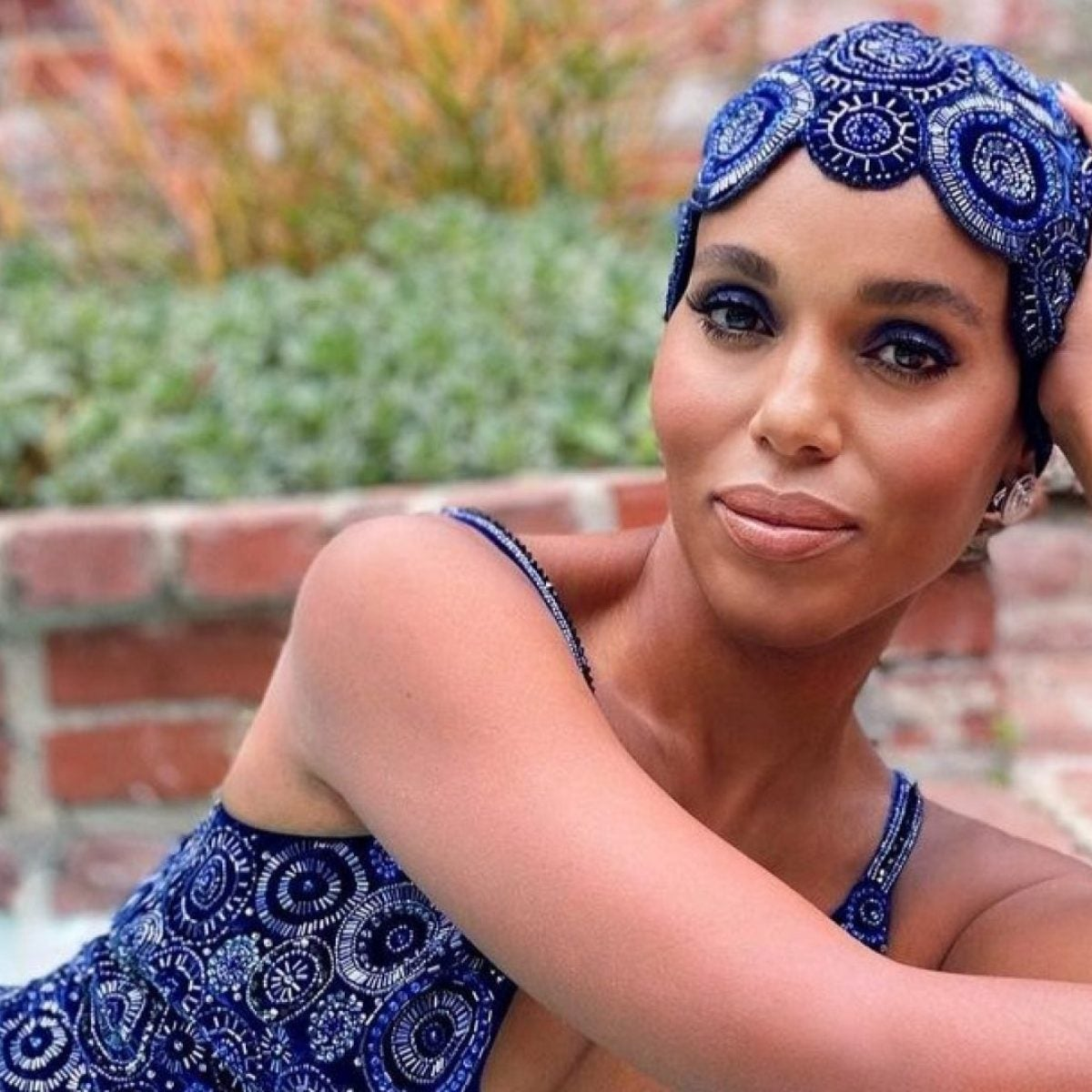 The Drugstore Makeup Brand Responsible For Kerry Washington's Budge-Free SAG Awards Look