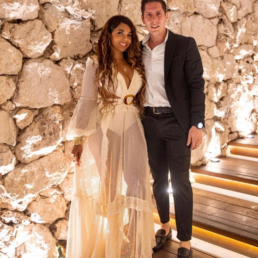 Ashanti's Love Life Is Trending After Sharing Photo With Mystery Gentleman