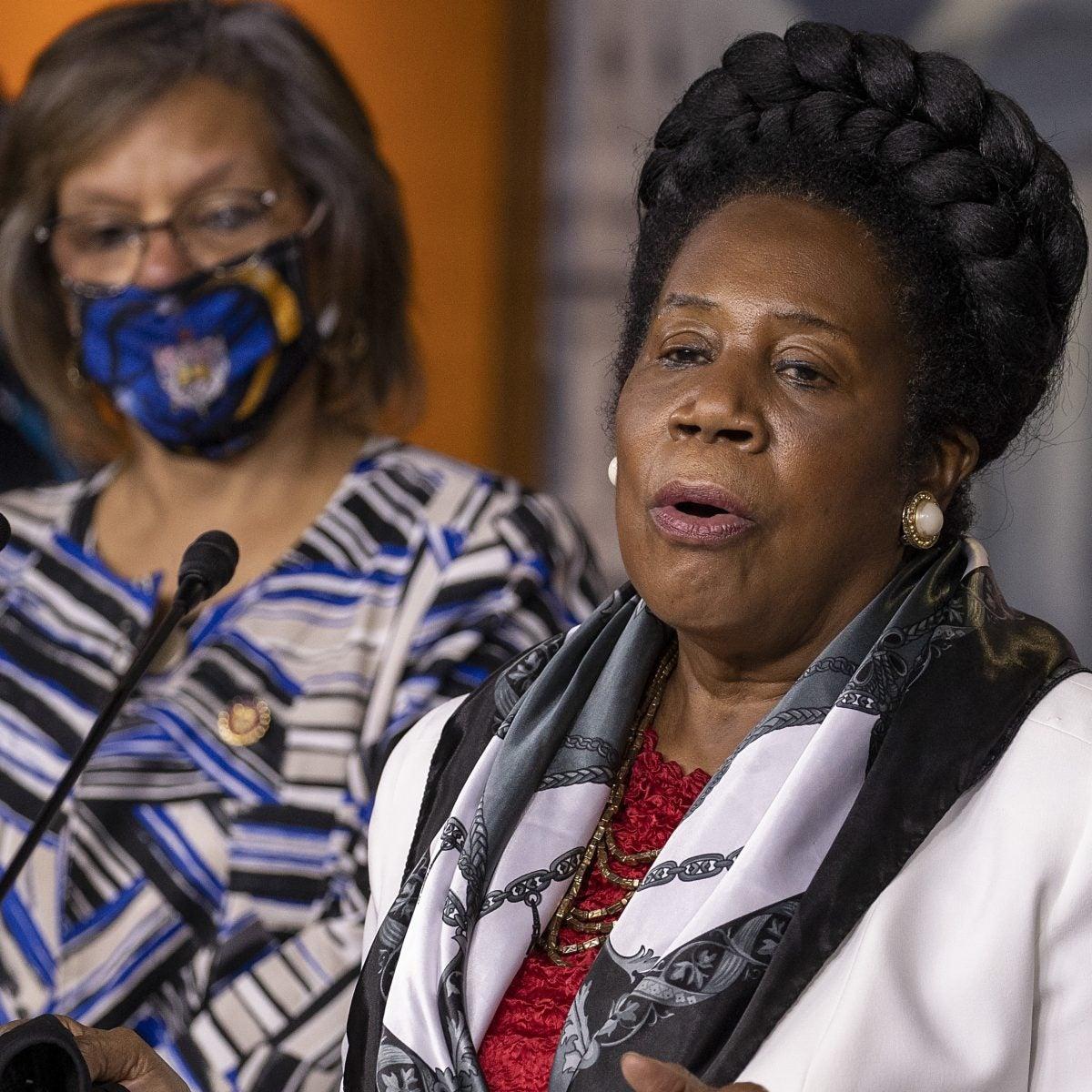 House Panel Advances Bill On Slavery Reparations