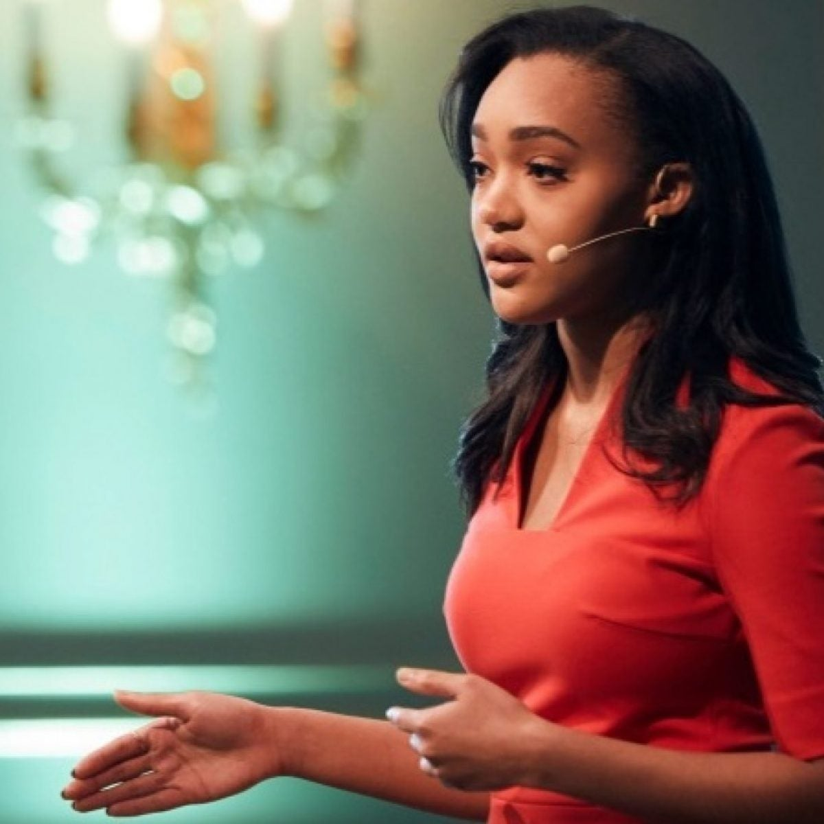 The Youngest Female Trader on Wall Street Reveals The Best Financial Advice She Ever Received