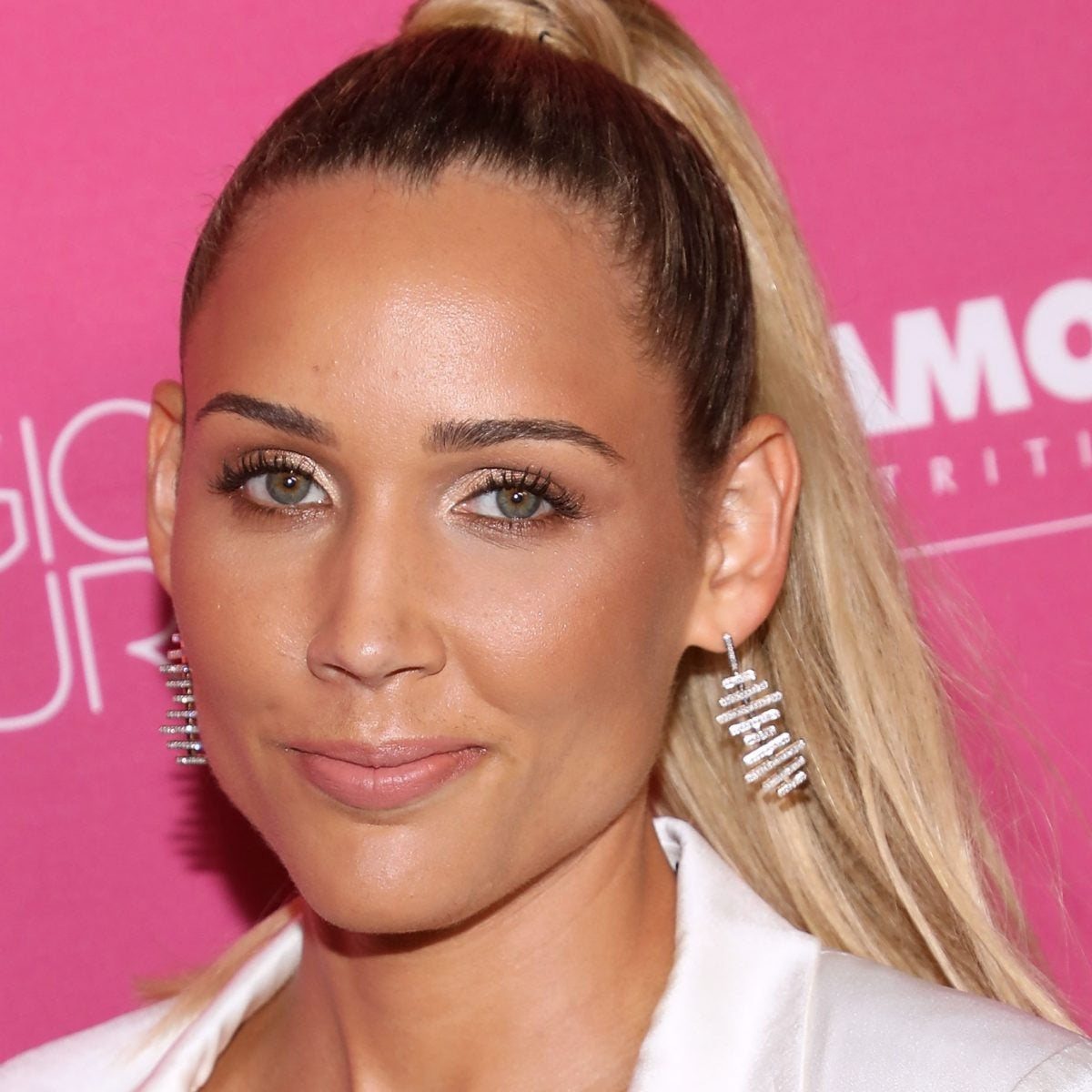 Lolo Jones And 7 Other Celebrity Women Who've Vented Their Frustration With Dating