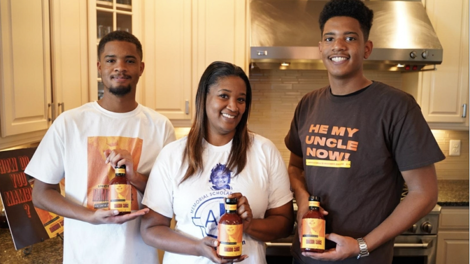 These Teen Brothers Are The Geniuses Behind This Popular Mumbo Sauce Brand