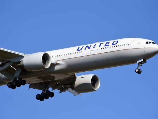 United Airlines Set To Terminate Hundreds Of Unvaccinated Employees