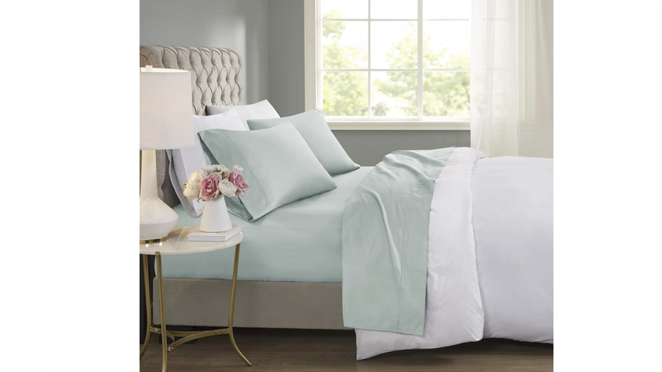 The Best Cooling Bed Sheets For Sweat-Free Summer Sleep