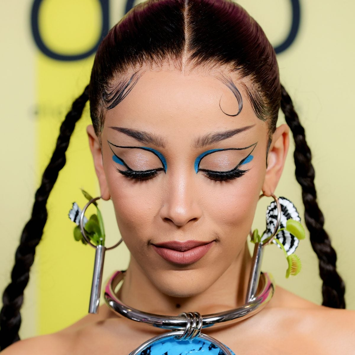EXCLUSIVE: How Doja Cat's Hairstylist Created Not One, But Two Ornate Braid Looks For The 2021 Billboard Music Awards