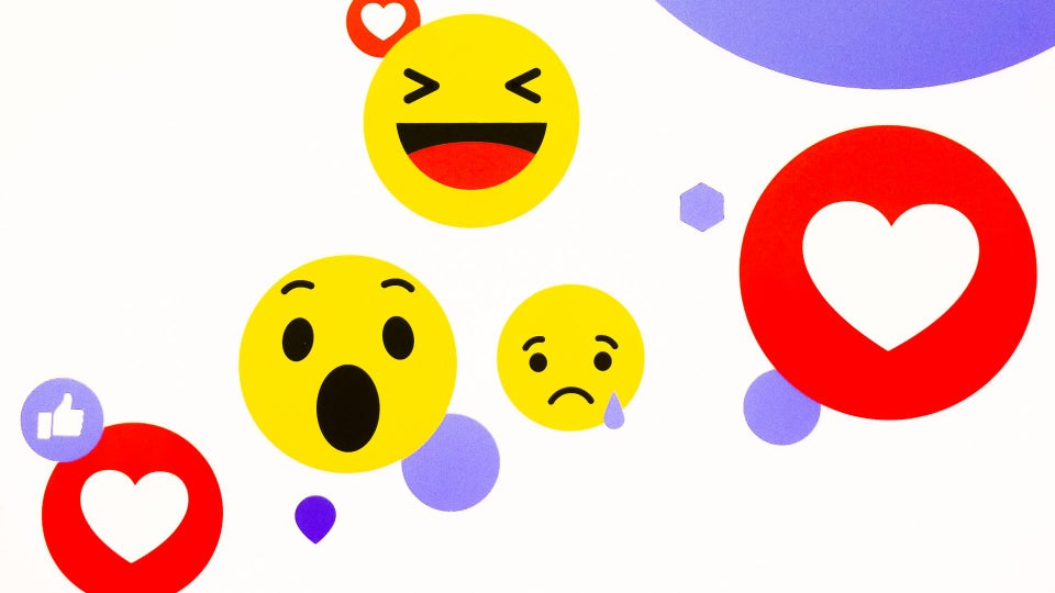 A Diverse, Multi-Skin Toned Handshake Emoji is Coming to Mobile Phones in 2022