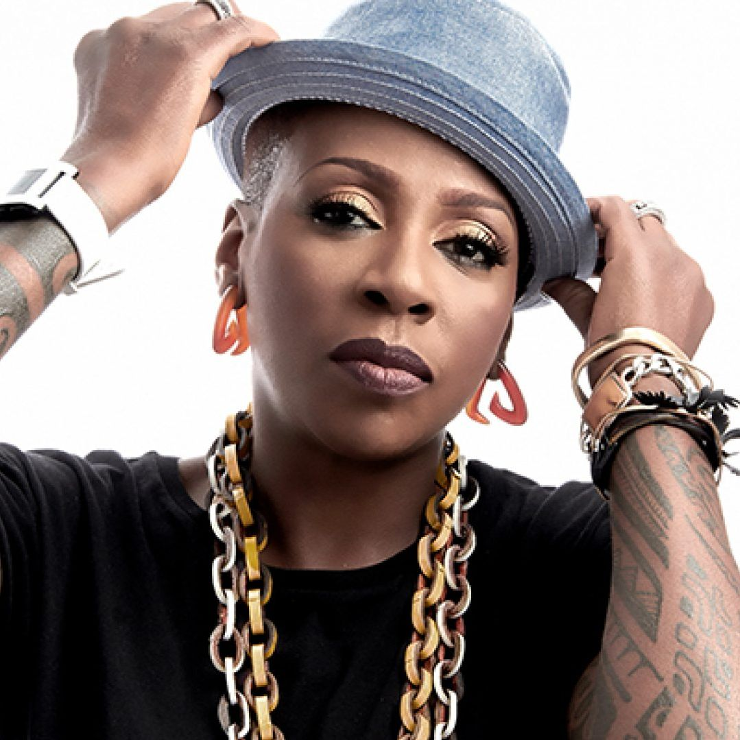 British Actress & Comedian Gina Yashere: 'I Wasn't Going To Wait For Hollywood To Come To Me, I Made My Own Way'