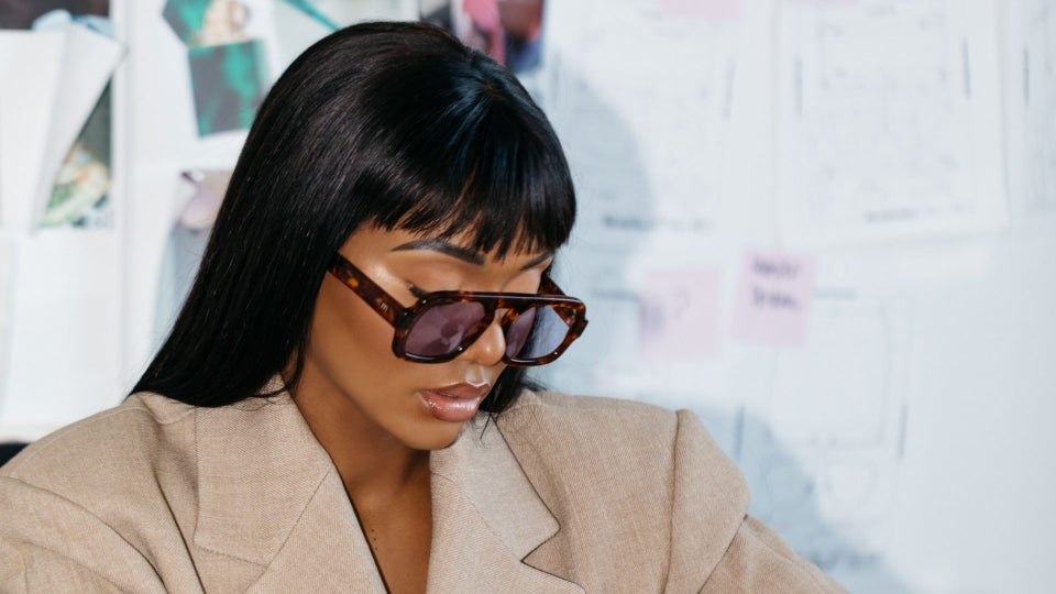 Elisa Johnson Launches A  Line Chic Of Sunglasses