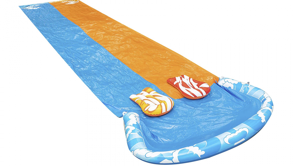 5 Water Toys For Kids That Make Outside More Fun