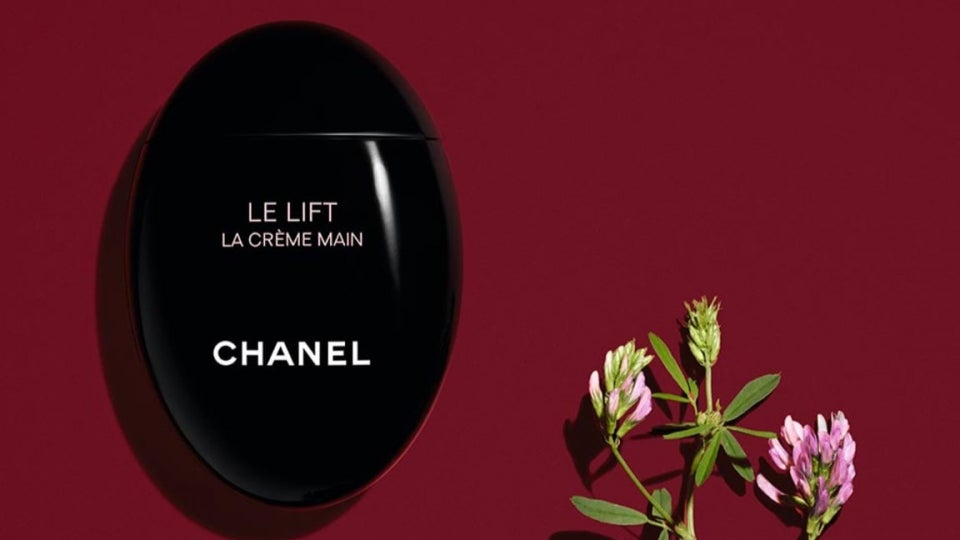 The Best Luxury Beauty Items To Jazz Up Your Handbag