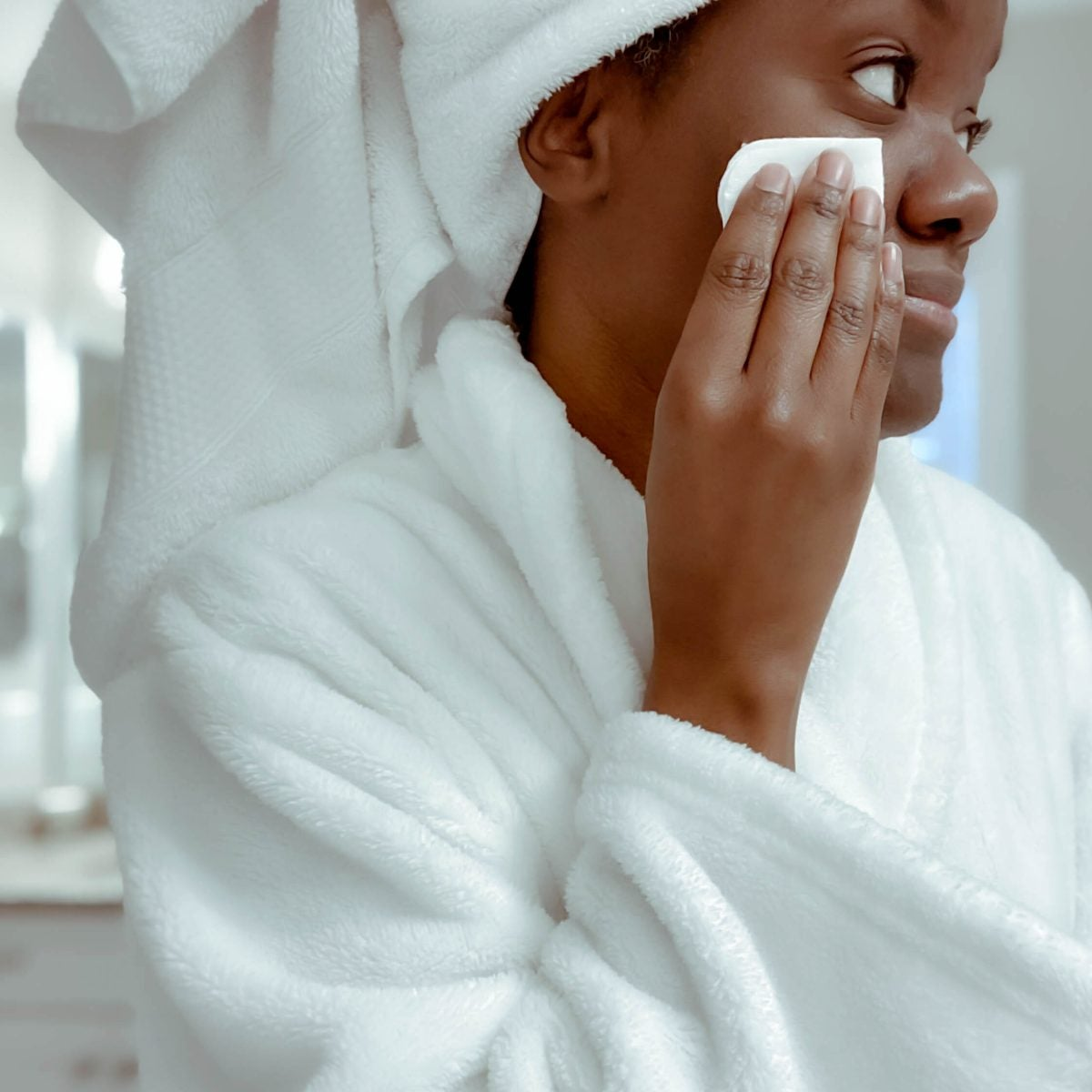 Healthy SKINteractions: Tips On How To Navigate Your Dermatologist Appointment And Ask The Right Questions
