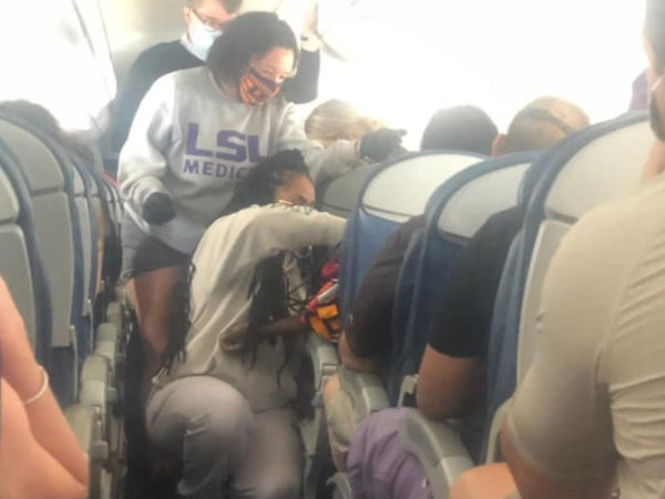 Black Women To The Rescue: Two Med School Students Help Passenger In Distress Mid-Flight