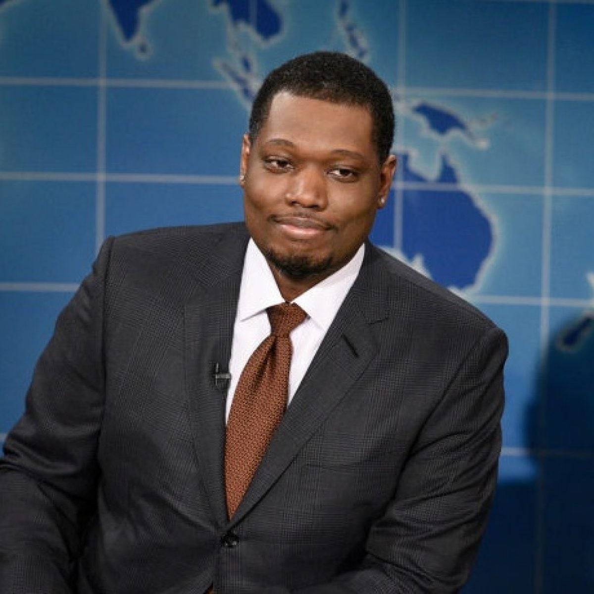 Michael Che Rounds Out A Week Of Toxic Masculinity With Jokes About Simone Biles