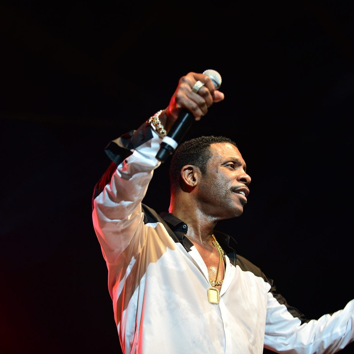 Our Favorite Photos of Birthday Boy Keith Sweat Showing Off His Signature Swag On Stage