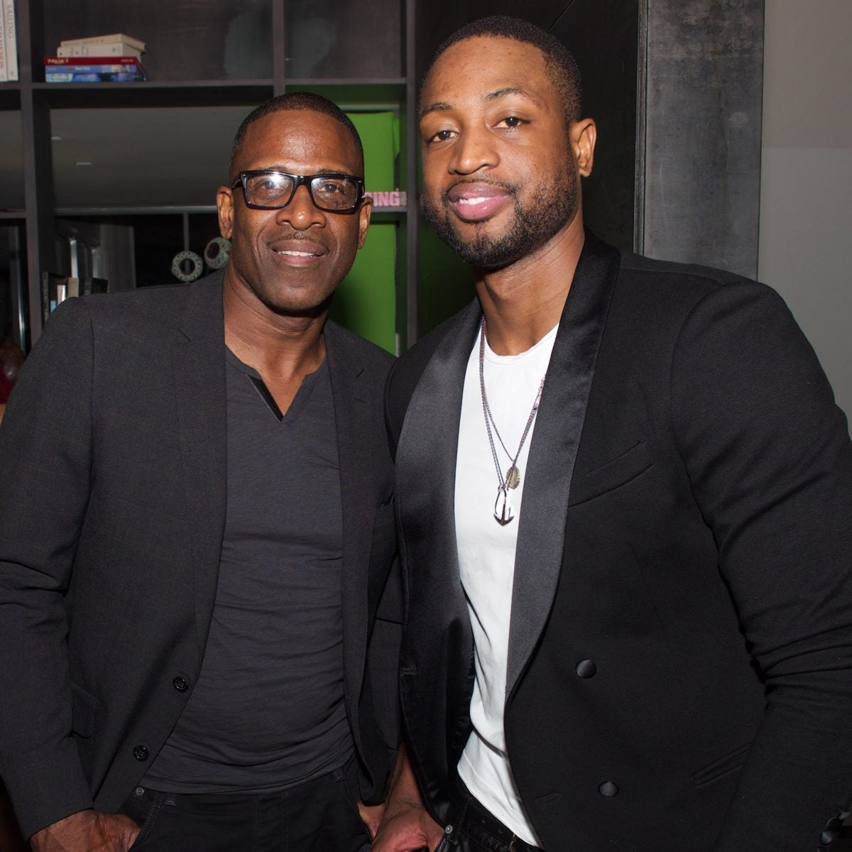 People Can't Believe This Is Dwyane Wade's Dad: 7 Photos Of Father And Son