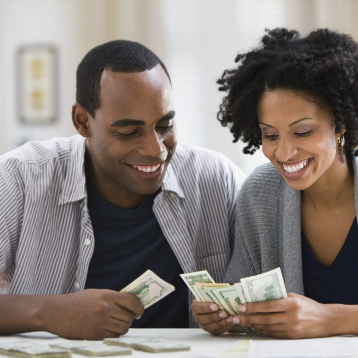 3 Tips To Re-Shift Your Spending Habits