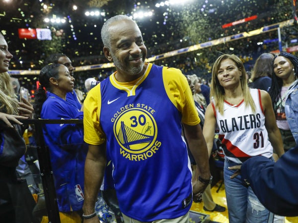 Steph Curry's Mom Sonya Files For Divorce From Dell Curry After More Than 30 Years Of Marriage