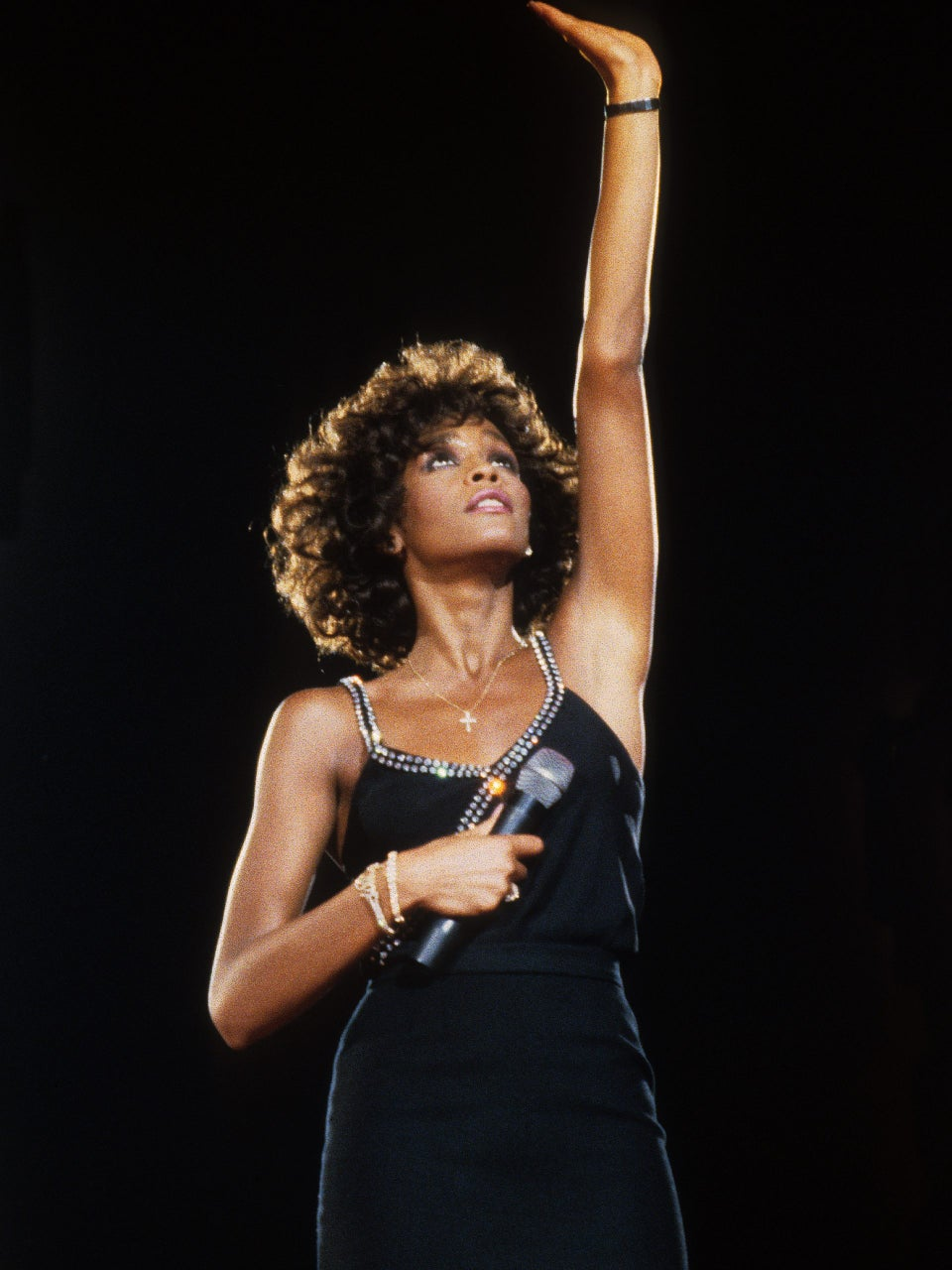 Happy Heavenly Birthday: Remembering Whitney Houston In Her Happy Place—The Stage