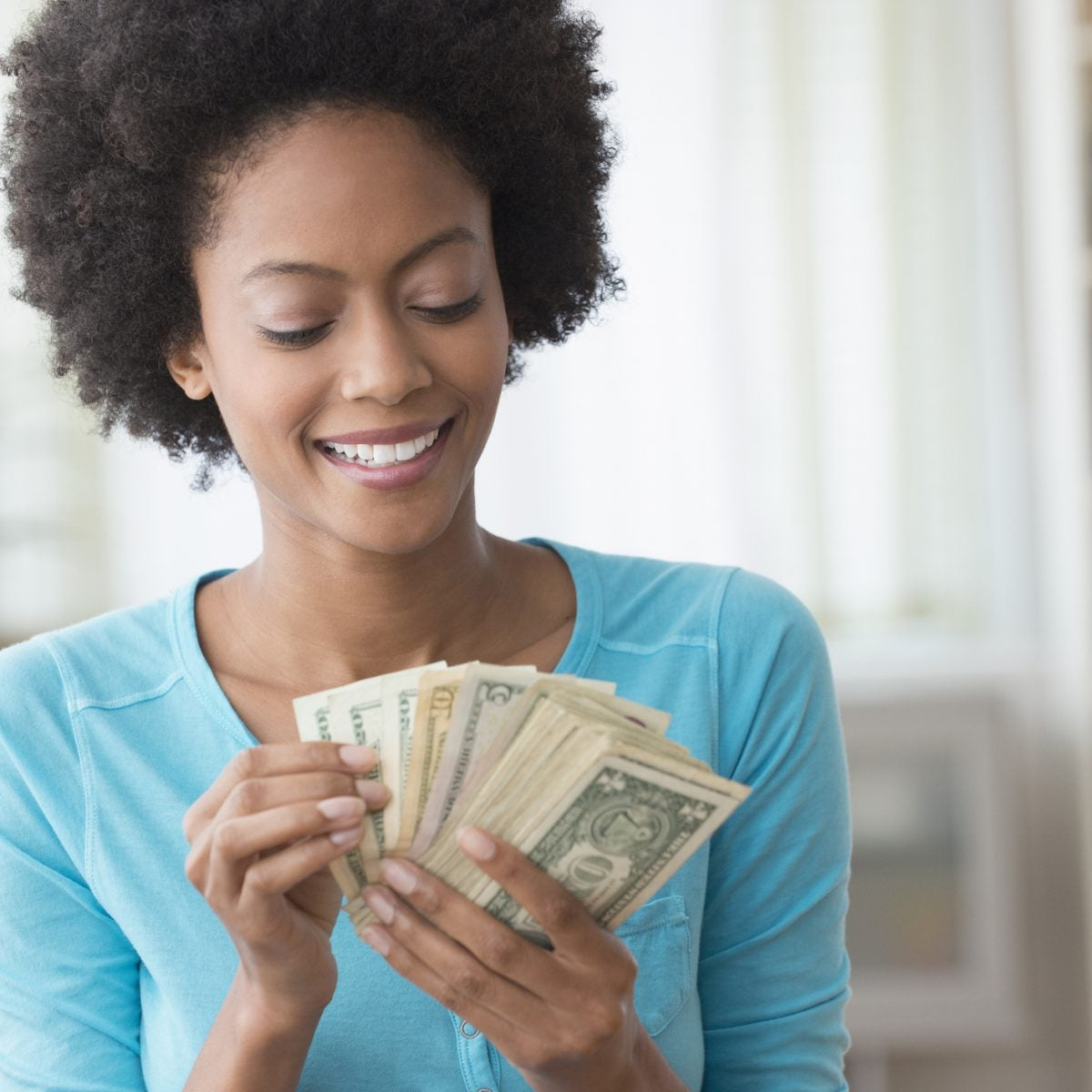 4 Ways To Boost Your Financial Confidence To Help You Hit Your Savings Goals