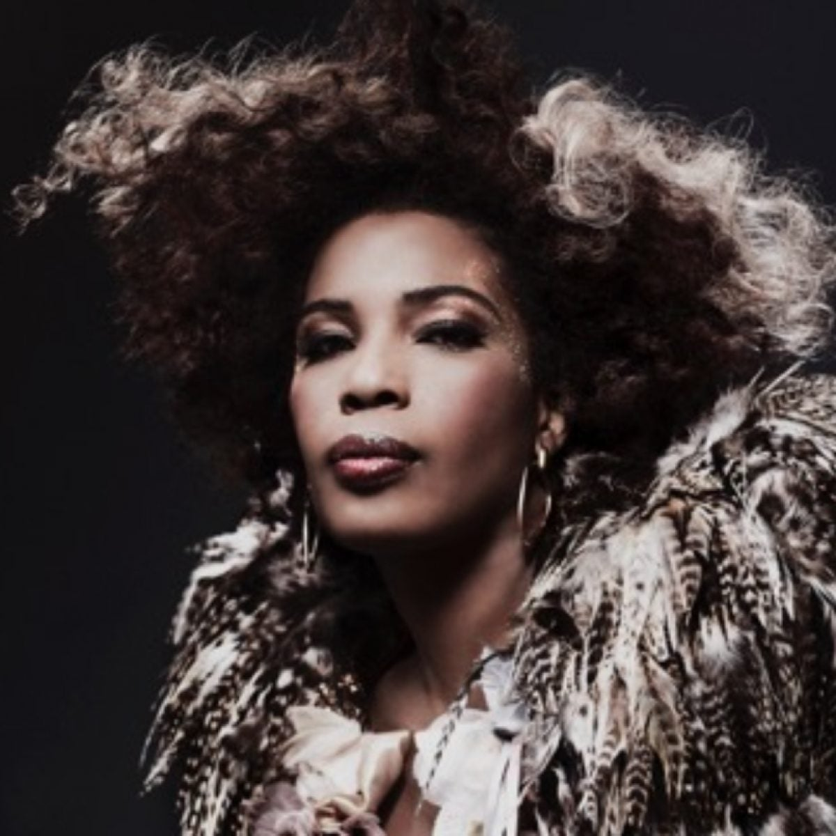 Macy Gray's On A Mission To Support Families Of Victims Of Police Violence — And Help Them Work Through Their Trauma