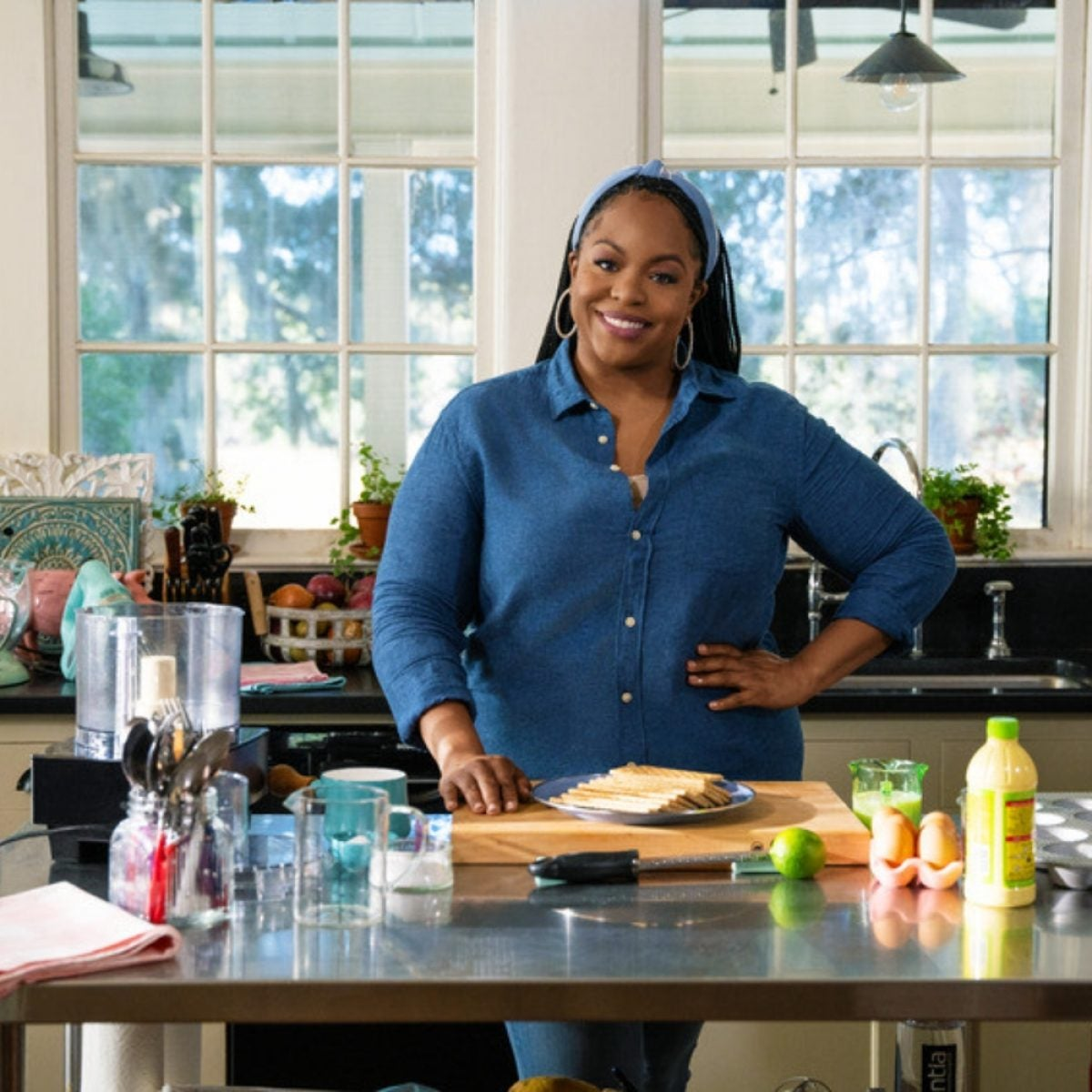 Food Network's Chef Kardea Brown Brought Gullah Flavor To An Italian Classic For A Good Cause
