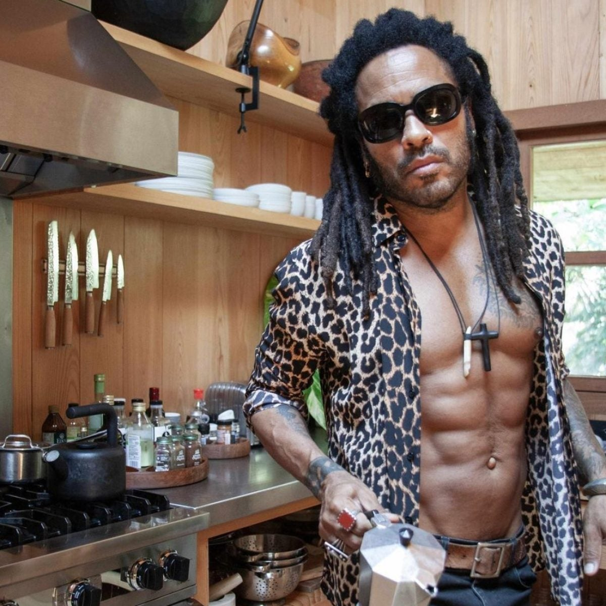 9 Times Lenny Kravitz Played In Our Face With Those Abs