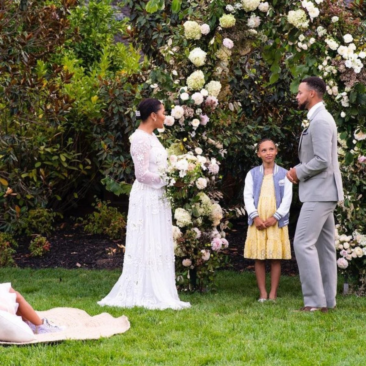 Stephen Curry Surprised Ayesha With A Vow Renewal Ceremony — Officiated By Their Daughter, Riley