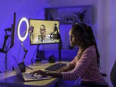 5 Hacks To Maximize Work Productivity At Home