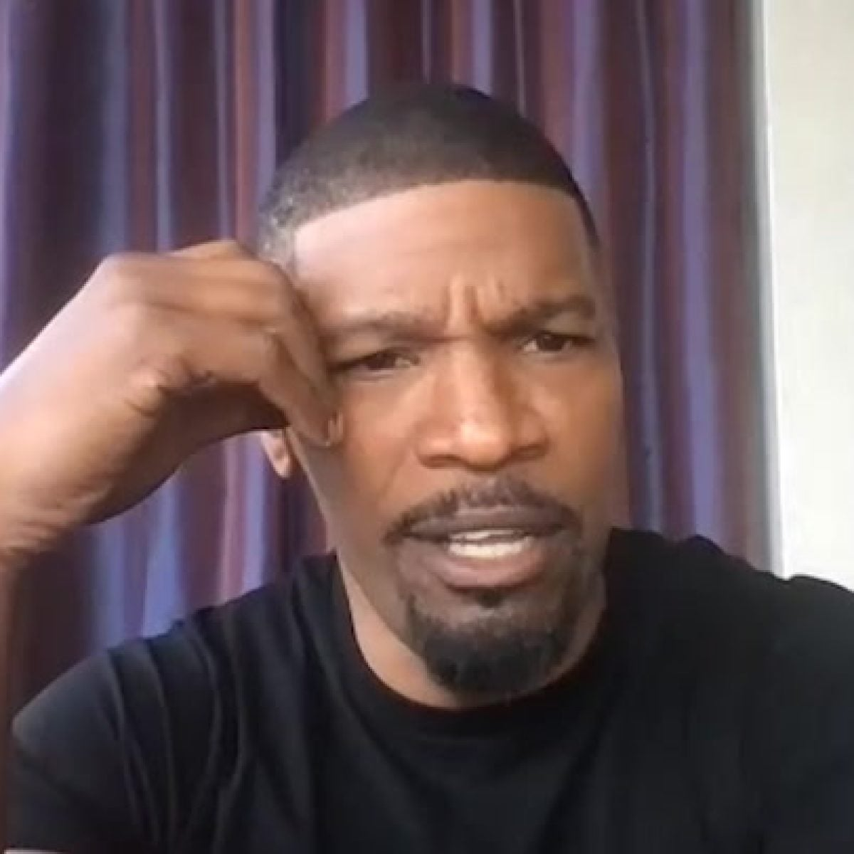Jamie Foxx On Teaching His Daughters How To Be Treated