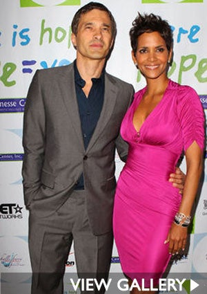 Olivier-Martinez-Halle-Berry-Jenesse-Silver-Rose-Auction-425.jpg
