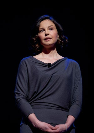 ashley-judd-hip-hop.jpg