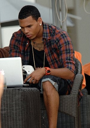 chris-brown-tweets.jpg