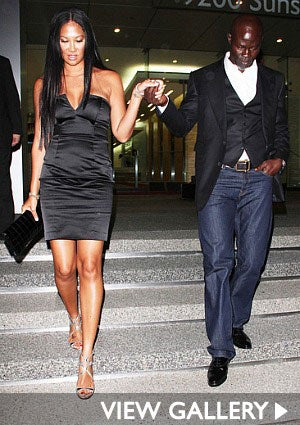kimora-lee-simmons-djimon-hounsou-boa-steakhouse-425.jpg