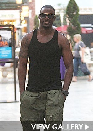 lance-gross-shopping-425.jpg