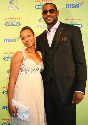 lebron-james-savannah-brinson-425.jpg