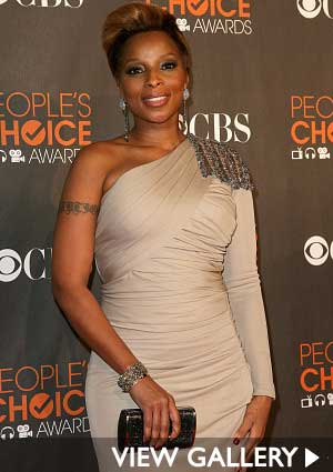 mary-j-blige-at-peoples-choice-awards.jpg