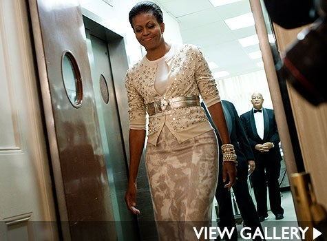 michelle-obama-goldbelt-475x350.jpg