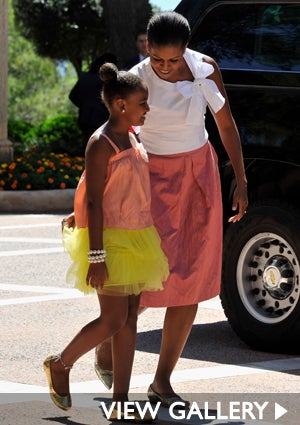 michelle-sasha-obama-spain-trip-425.jpg