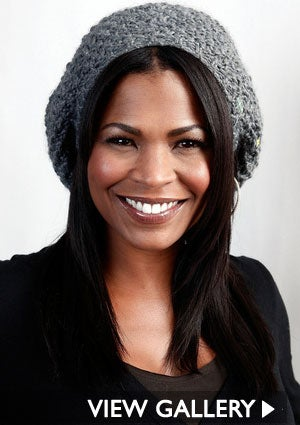 nia-long-grey-hat-300x425.jpg