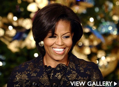obama-christmas-michelle-475-sash.jpg