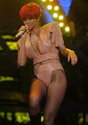 rihanna-legal-battle-425.jpg